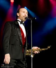 iPhoto_Lee_Greenwood_120609-20