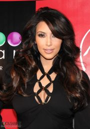 iPhoto_Kim_Kardashian34