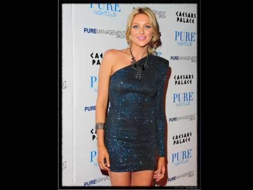 Stephanie Pratt parties at Pure Nightclub