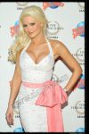 Holly Madison's adds her hand prints to Planet Hollywoods wall of fame